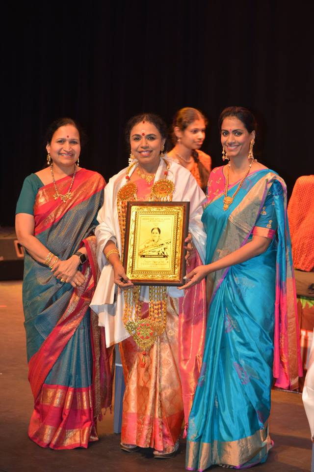 Receiving the award 'Sangita Vidya Nidhi' for life time contribution to classical arts from Indian Fine Arts Academy, San Diego