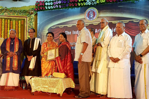 Sudha was the recipient of The Indian Fine Arts Society, Chennai's Sangeetha Kalasikhamani Award during Marghazhi 2016